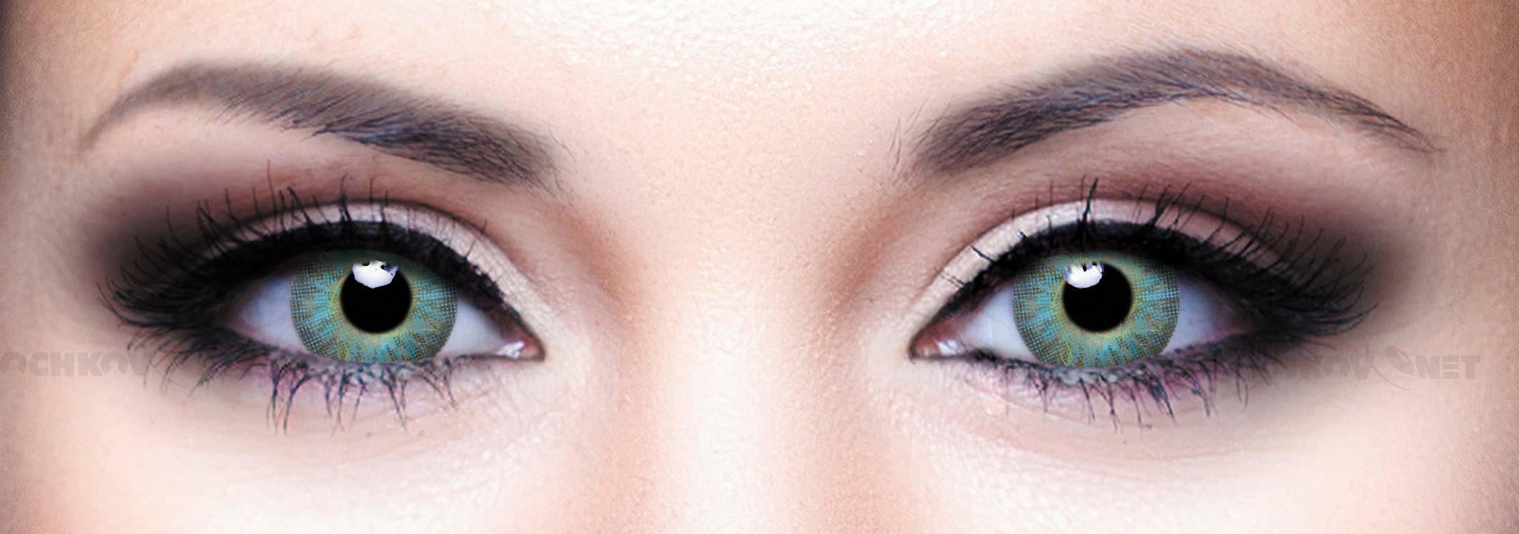 Что случилось с носом и глазами Екатерины Варнавы,в чём