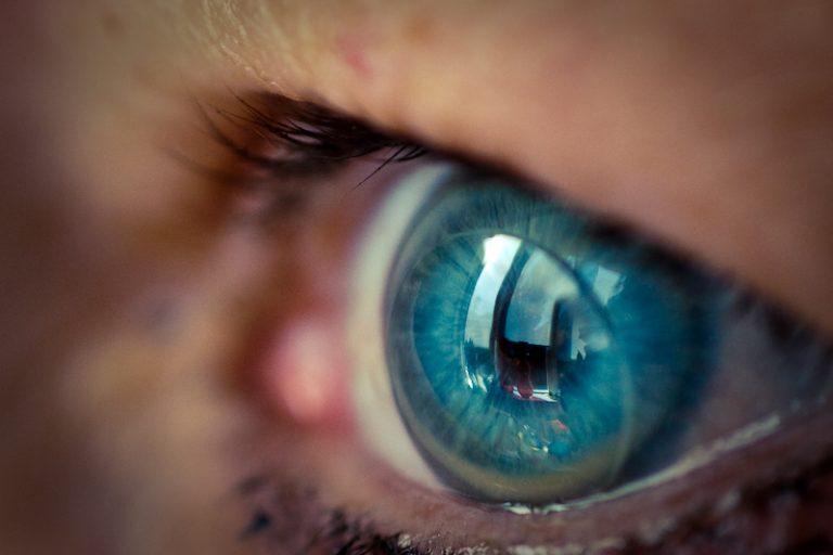 Ночные контактные линзы - описание, виды, отзывы и цена