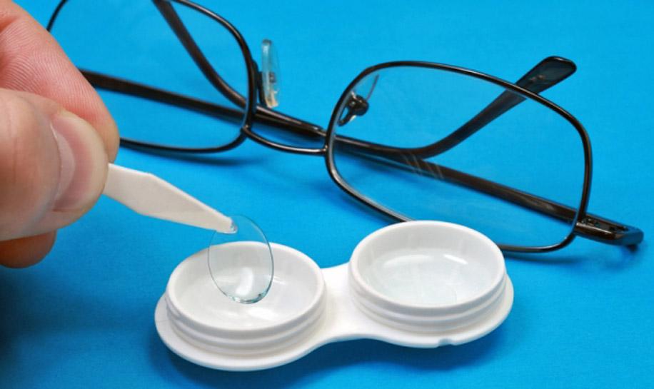 Чем можно заменить раствор для хранения контактных линз?