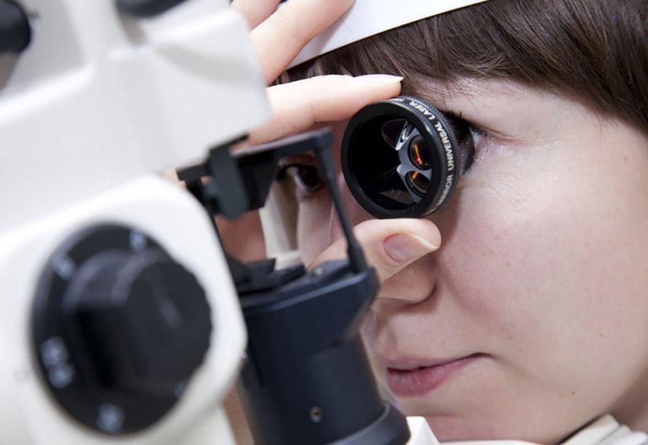 Линза Гольдмана представляет собой офтальмологический прибор
