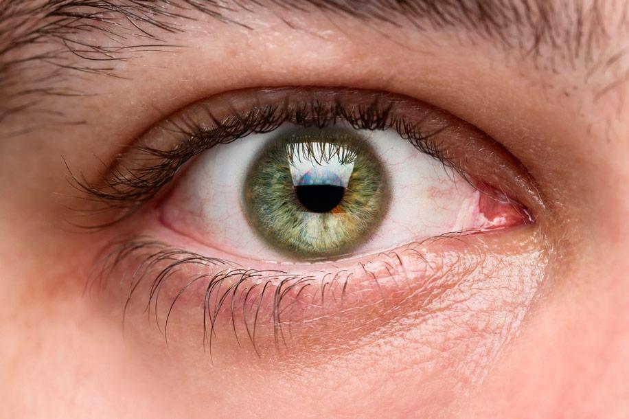 Осмотр зрачков при диагностике заболеваний