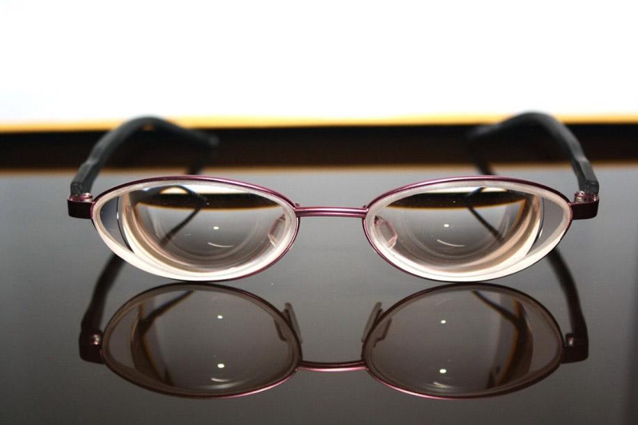 Основной фактор, который определяет толщину очковой линзы — оптическая сила