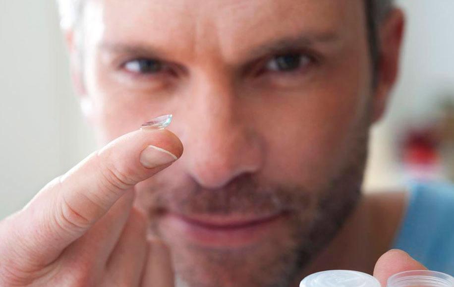 Ношение контактных линз и прием медикаментов