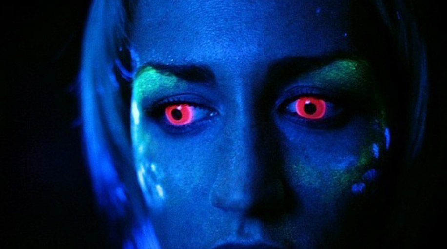 Неоновые линзы для глаз