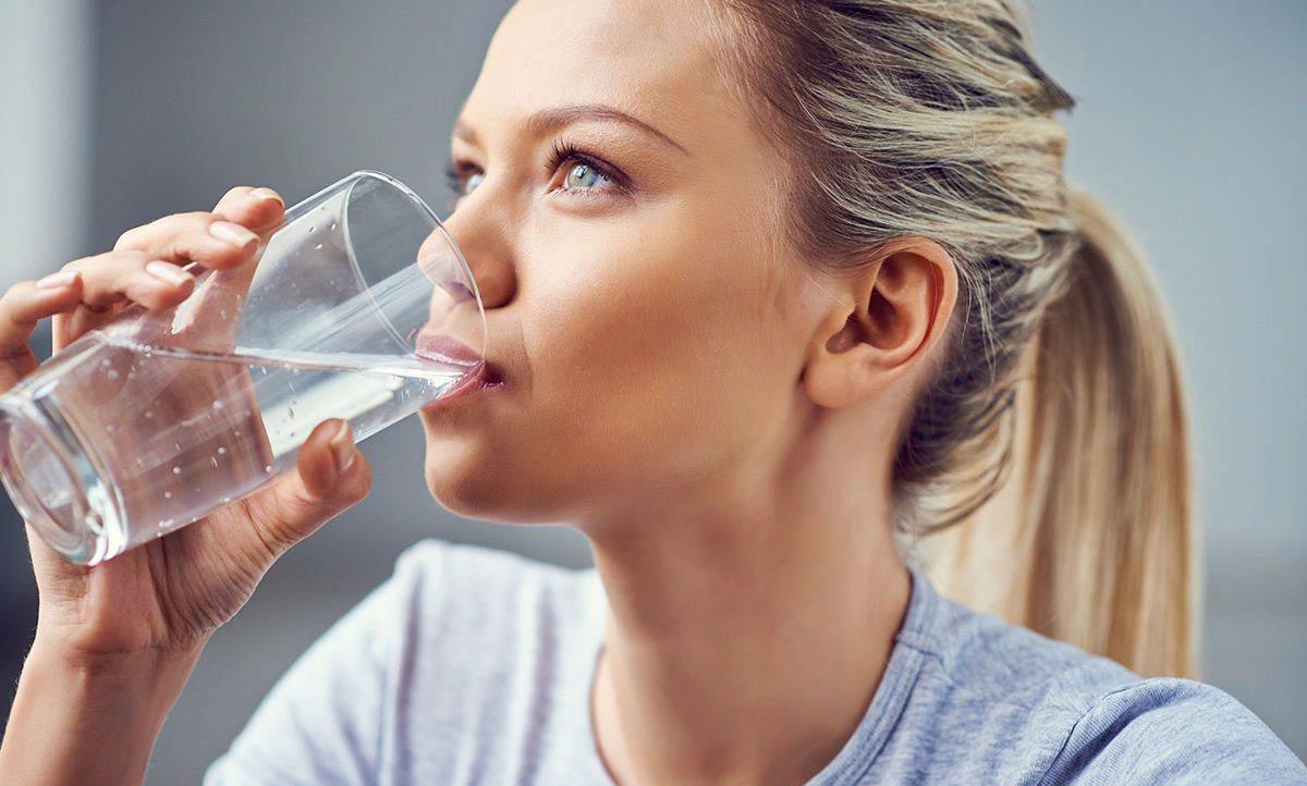 стоит употреблять больше чистой воды