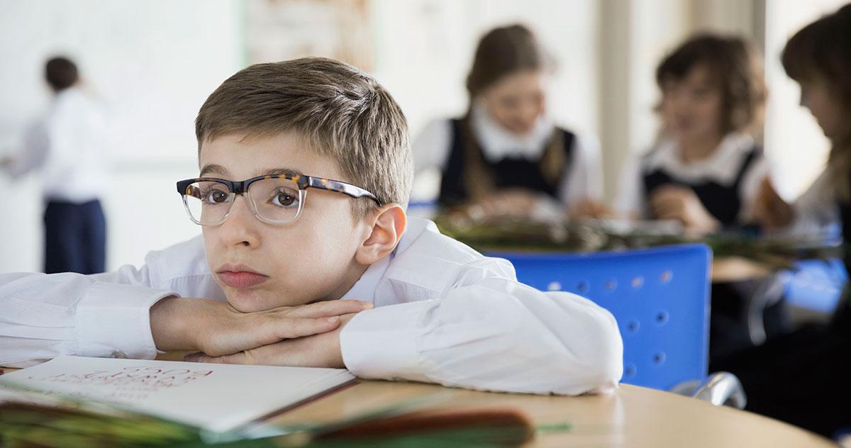 Пик развития близорукости приходится на школьный возраст