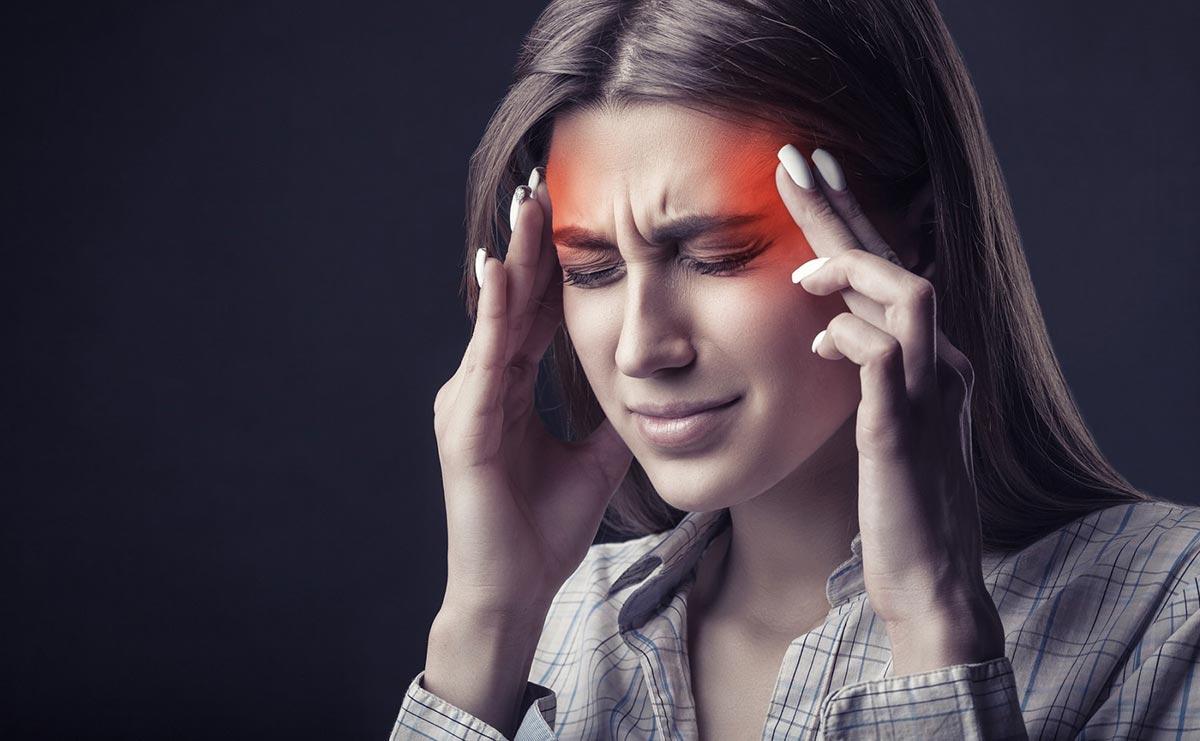 Наиболее сильные боли в глазах проявляются при периферической форме заболевания
