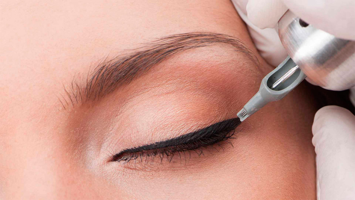 Татуаж — это косметологическая процедура, которая сегодня является очень популярной