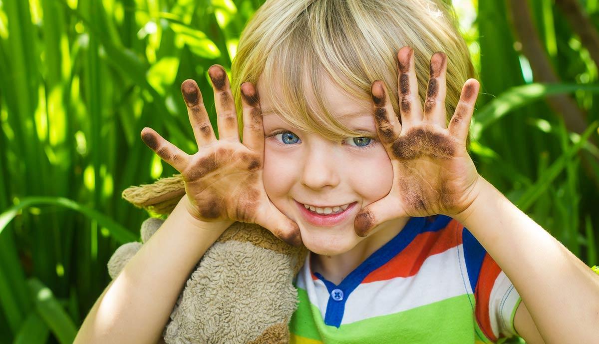 Чаще всего бактериальный конъюнктивит возникает у детей