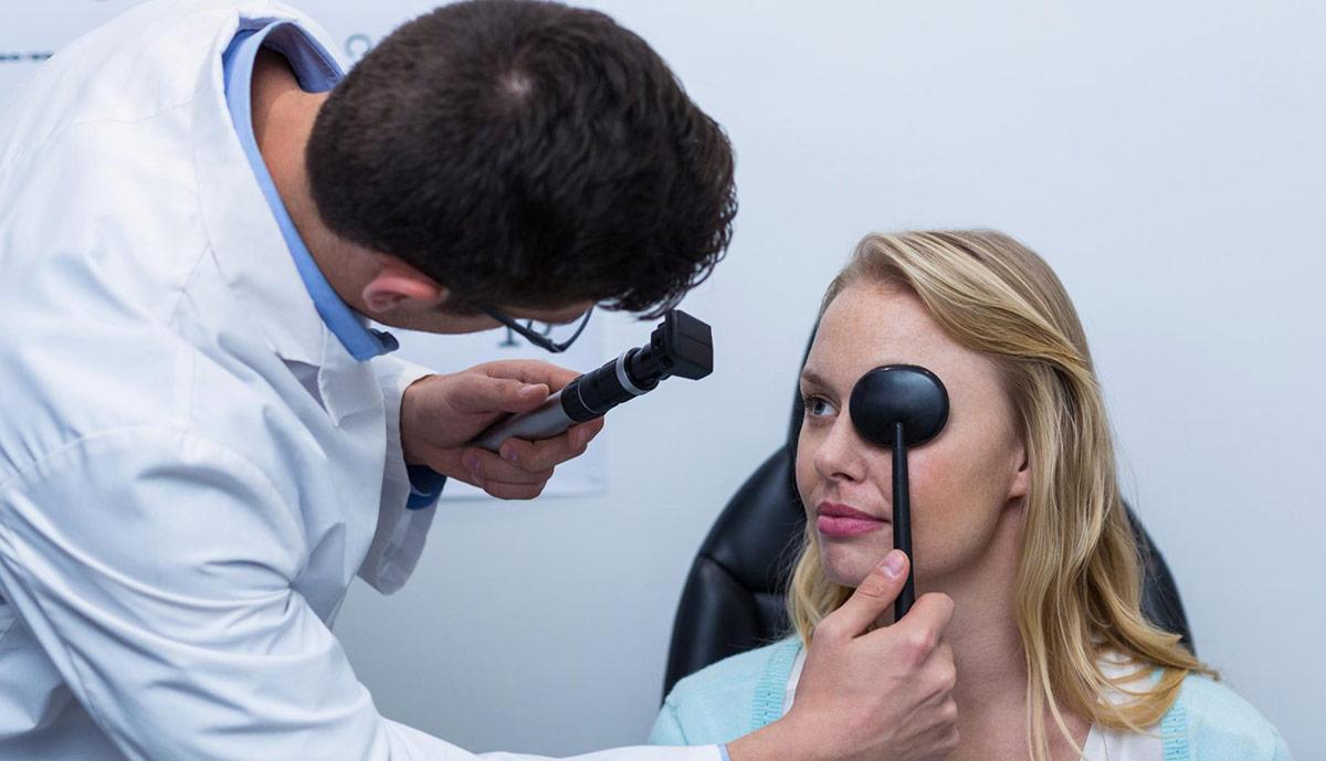 пройдите специальное офтальмологическое обследование