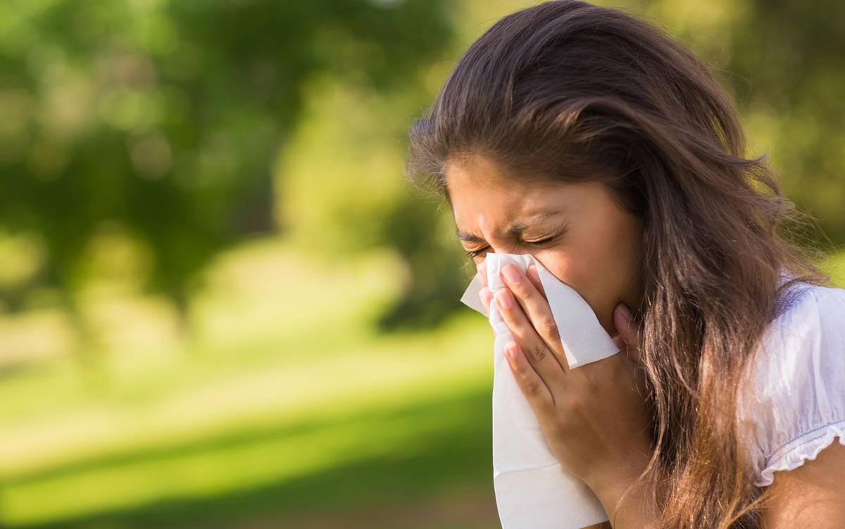 контакт аллергена со слизистой оболочкой глаза
