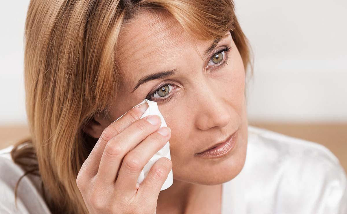 Блефарит век — это группа заболеваний, связанных с воспалительными процессами