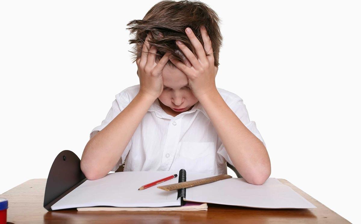 Родителям школьников важно обращать особое внимание на состояние зрения ребенка