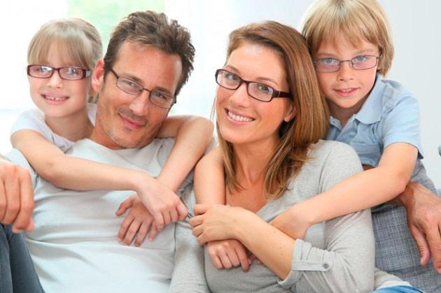 семья очки