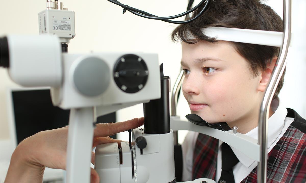 Тяжелая форма миопии может привести к серьезным изменениям глазного дна