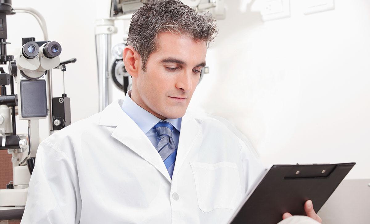 не всем пациентам окулисты рекомендуют прибегать к таким очкам