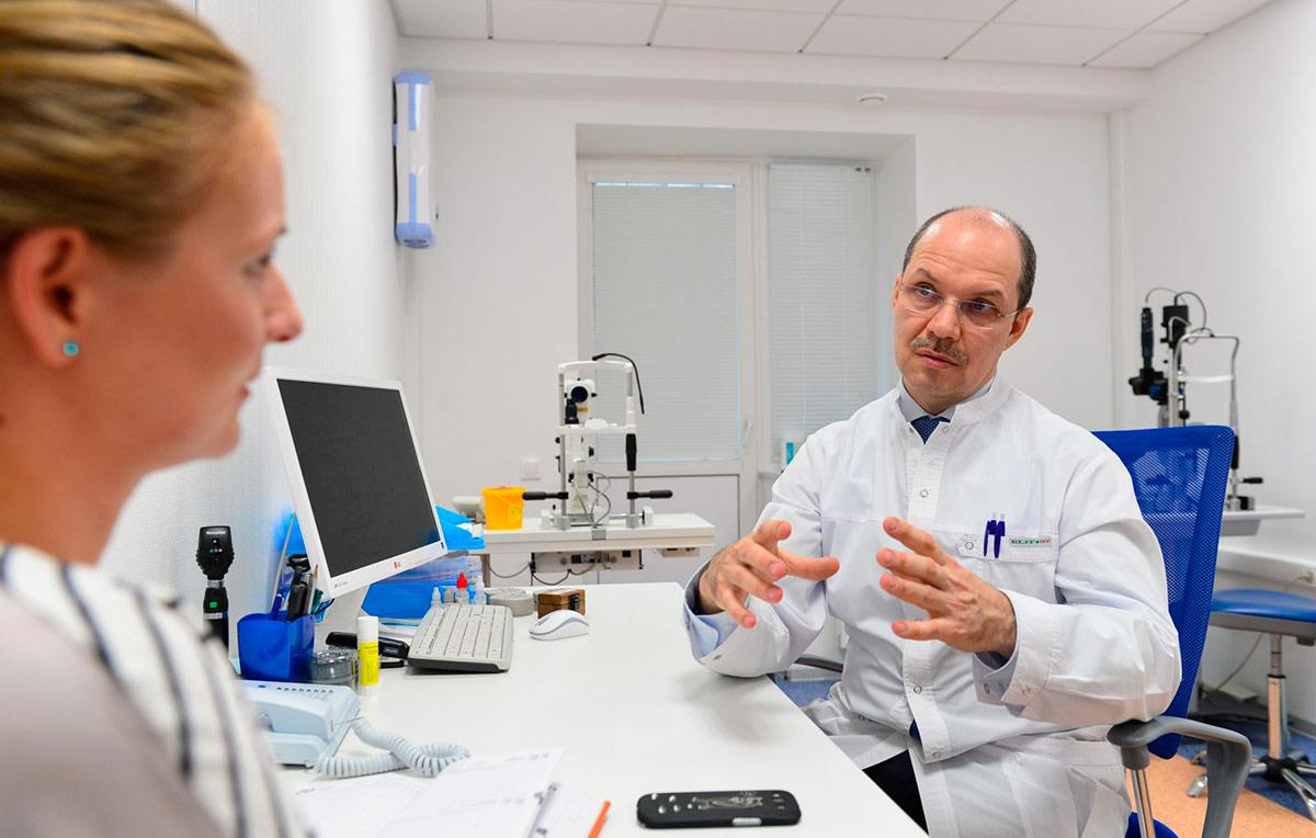 При блефарите век окулисты назначают антибиотики