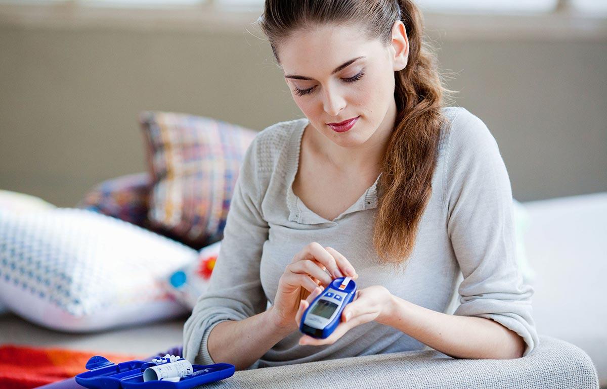 Отечность может беспокоить людей с сахарным диабетом