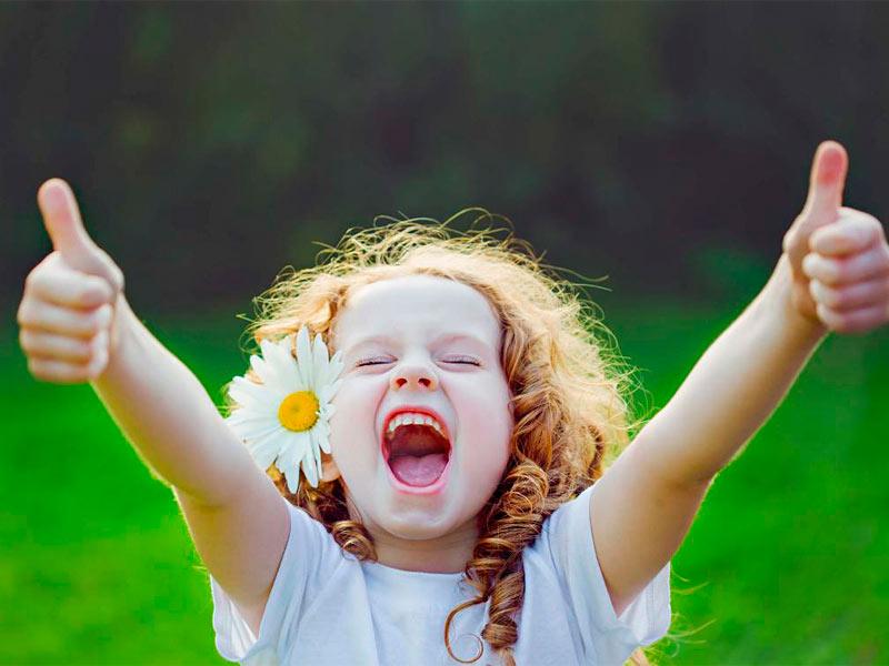 Всем счастья картинки прикольные, смешные про