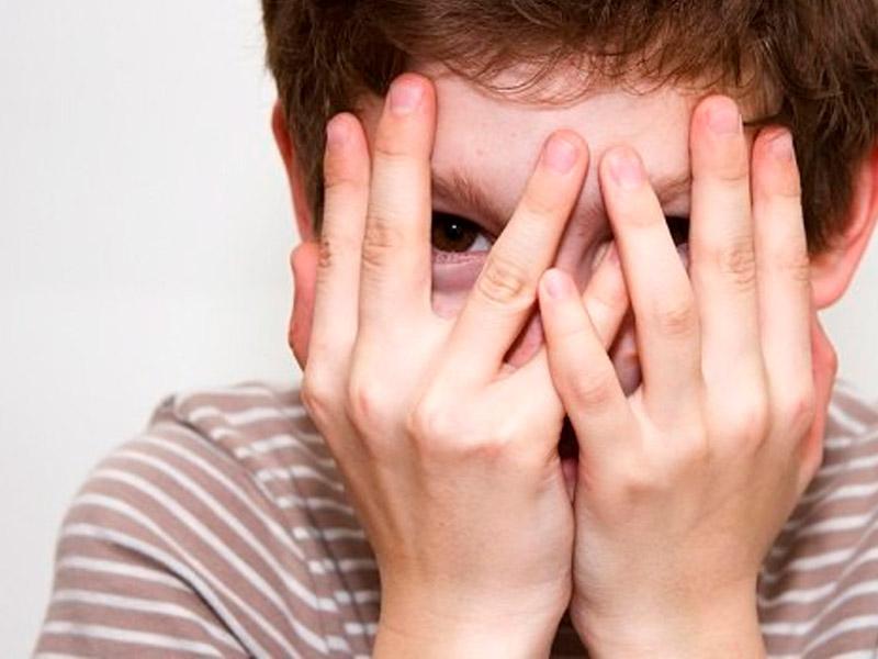У ребенка опух глаз верхнее веко