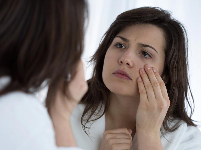 Себорейный блефарит: выявление симптомов и лечение