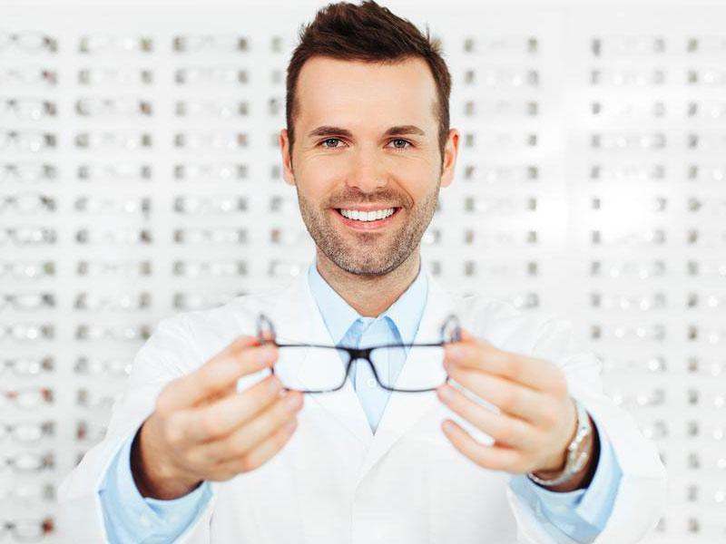 Очки с диоптриями: первые шаги